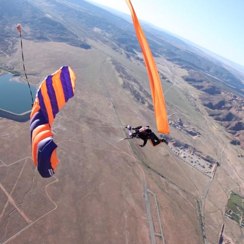 Speaking skydiving altimeter